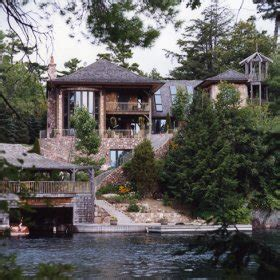 Leonard Lake Cottage For Sale by Muskoka Cottages For Sale