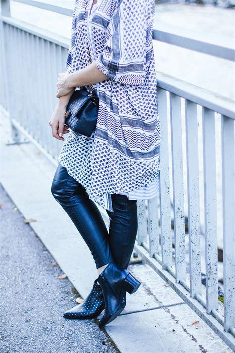 Zaskia Pant Mocca muster kombinieren mit lederhose streifen shirt