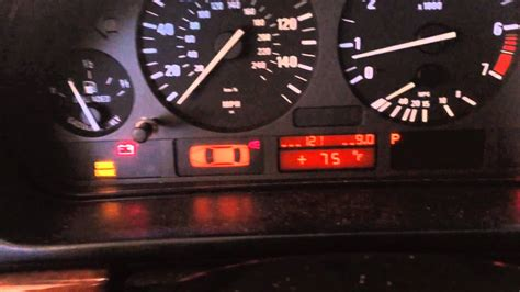 where the light is battery charge current bmw 5 series 3 series e90 e39 528i