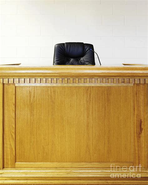 judge bench judge bench 28 images judge s benches arnold contract