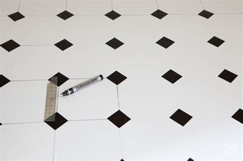 Black And White Vinyl Flooring by How To Paint A Vinyl Floor Linen Closet In Own Style