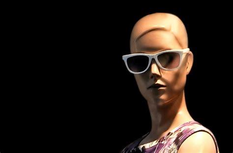 Kacamata Proteksi Sinar Uv selain kulit mata juga butuh proteksi sinar uv