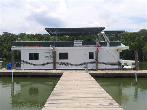 houseboat vrbo lovely houseboat w pontoon boat in la bayou vrbo
