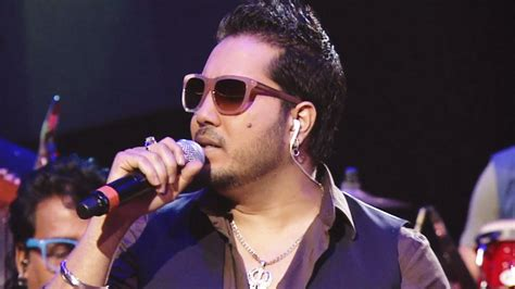 film mika indi indian playback singers of bollywood charges for his event