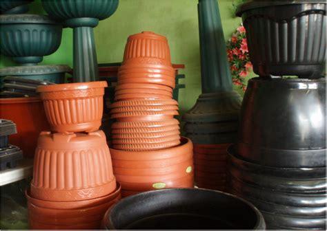Jual Plastik Okulasi jenis jenis pot bunga yang wajib anda ketahui