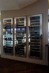 cave a vin armoire les 25 meilleures id 233 es concernant armoire a vin sur