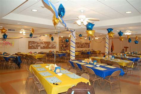 blue banquette banquet centerpieces banquet and cub scouts on pinterest