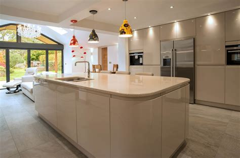 handle less kitchen beige j doors panorama kitchens