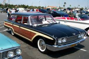 Ford Country File 1960 Ford Country Squire Jpg Wikimedia Commons