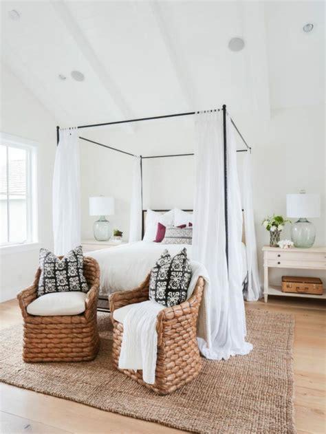 lit baldaquin moderne pour chambre d adulte et d enfant