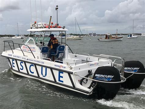 fishing boat hire jacobs well saving lives at notorious jumpinpin bar bush n beach
