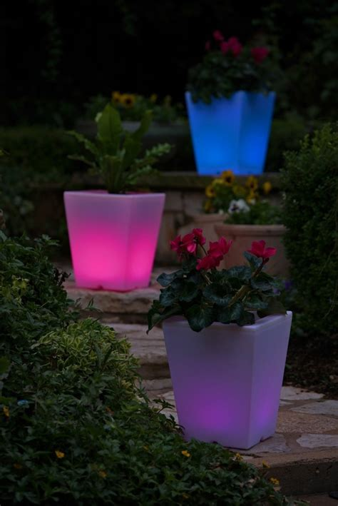 how to decorate garden with solar lights solar garden lights 35 exles of how you could