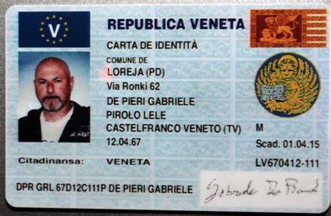 carta di soggiorno elettronica mostra la carta d identit 224 veneta e fugge arrestato de