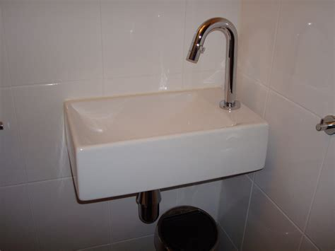 lavabo wc met kastje cool het klusbedrijf voor de kleine klus in en rondom uw