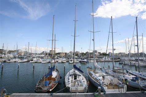 porto di cattolica marina di cattolica riviera di rimini