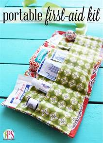 Sew Home Decor 20 Diy First Aid Kits Landeelu Com