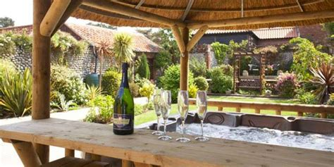 luxury cottages norfolk luxury cottages in norfolk book your directly