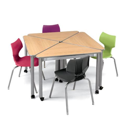 Triangle Desk by Triangle Shaped Classroom Desk Uxl Wing Desk Smith System