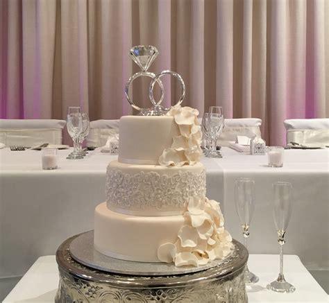 Top 10 wedding cake suppliers in Melbourne   Brighton Savoy