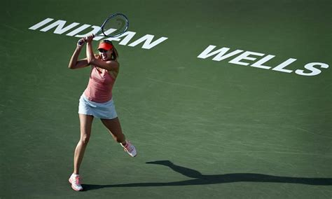 Friday Fab News Roundup Fabsugar Want Need 30 by Sharapova And Eugenie Bouchard Into Third