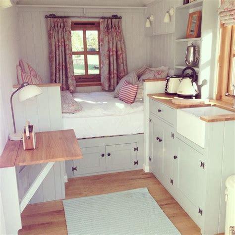 tiny housecozy interior cottagecabin tiny