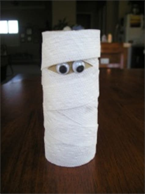 Mummy Toilet Paper Roll Craft - five easy crafts to do with your not
