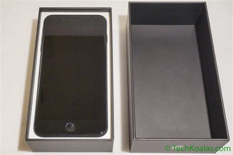 Iphone Time Black 120000 Box apple iphone 7 plus jet black what s in the box techkoalas