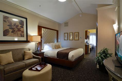 hotels with multiple bedrooms hotel suites in lancaster pa hotels with 2 rooms