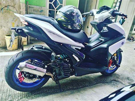 Modifikasi Aerox 155 Kuning by Modifikasi Yamaha Aerox 155 Kuning Pakai Dan