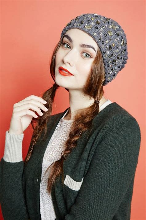 how to wear a hat with cornrows how to wear your hair under hats this winter fashionsy com