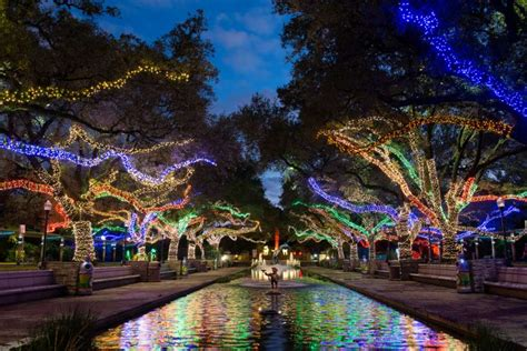 Houston Zoo Lights by Txu Energy Presents Zoo Lights Nov 18 Through Jan 14