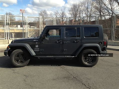 Jeep Sport 4 Door 2010 Jeep Wrangler Unlimited Sport Utility 4 Door 3 8l