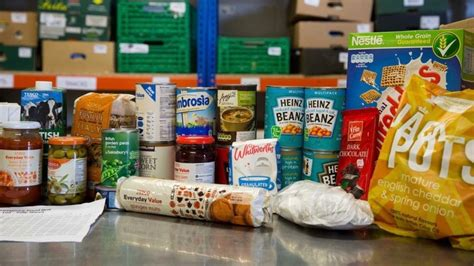 Wangian Mobil Halvest 05 glasgow food banks appeal for help as supplies run low