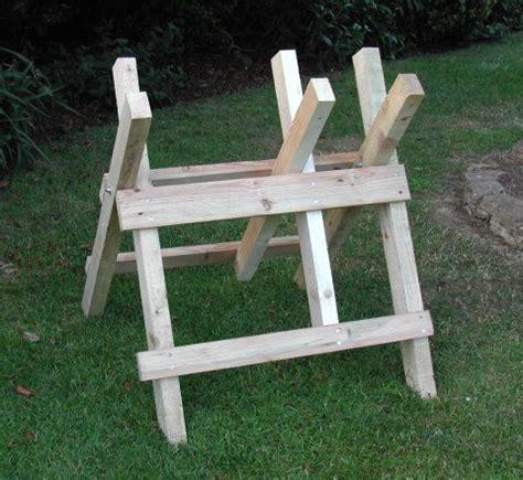 log cutting saw bench log sawhorse plans saw horse pinterest sawhorse