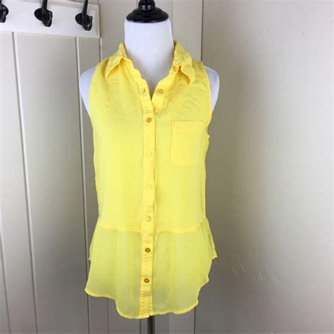 Big Size Iz Byer White Layer Blouse 76 iz byer tops yellow sleeveless button faux