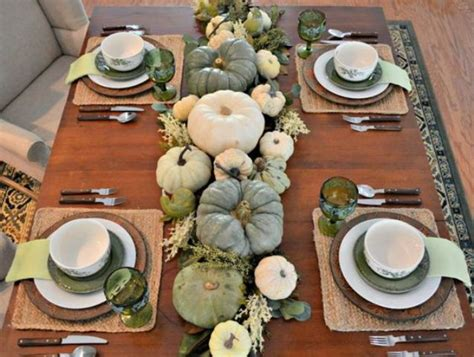 table setting runner and placemats 27 cozy and eye catching thanksgiving table settings