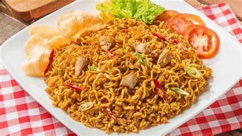 membuat mie goreng sayur resep nasi goreng mawut makanan sederhana namun lezat
