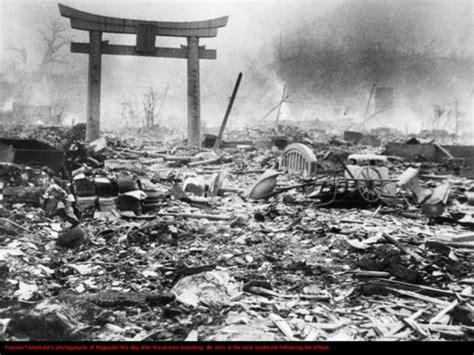 imagenes de hiroshima japon the long shadows of hiroshima and nagasaki 70th