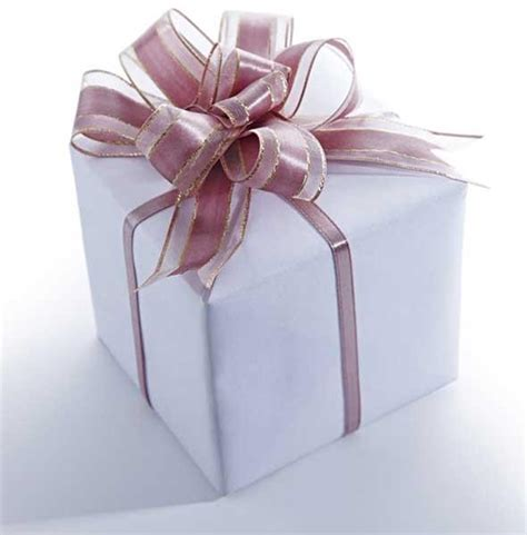 gift packing ideas 7 easy gift wrapping ideas techniques rewardme