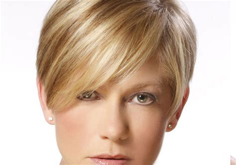 short haircuts for fine hair front and back short layered bob hairstyle hairstylegalleries com