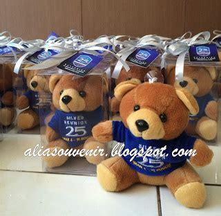 Pajangan Boneka Beruang alia souvenir souvenir boneka beruang warna coklat ukuran