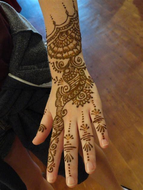 henna tattoo schweiz 85 best henna style images on