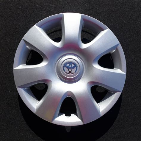 Hubcaps For Toyota Camry 2002 2003 2004 Toyota Camry Hubcap Wheel Cover 15 Quot 61115