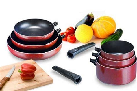 casseroles et cuisine lot de 3 casseroles ou 3 po 234 les cuisine pas ch 232 re 224 29