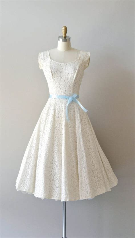 1950s dress 50s lace dress wedding dress alamondine lace 50s wedding dress 1950s dress fidelia lace dress