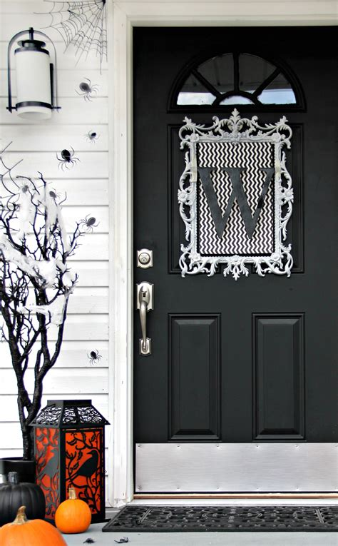 door decorating ideas for four ideas for inexpensive door decorations thistlewood farm