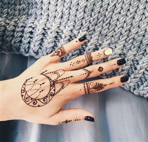 henna tattoo designs moon 25 best ideas about henna moon on sun henna