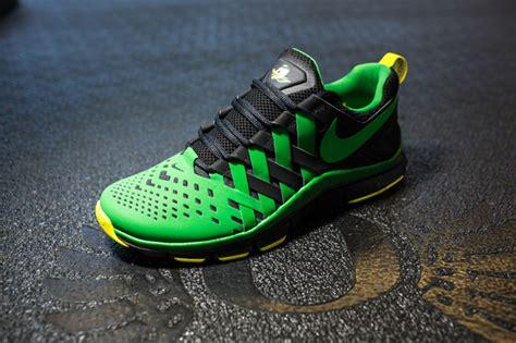 oregon duck shoes nike free trainer 5 0 oregon ducks updated release
