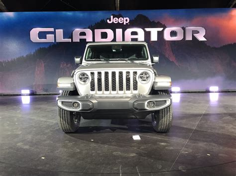 How Much Will The 2020 Jeep Gladiator Cost by 5 Things To About The 2020 Jeep Gladiator
