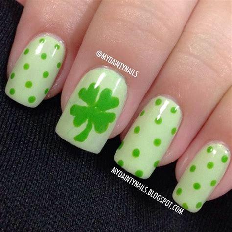 Nail 4 Leaf Clover